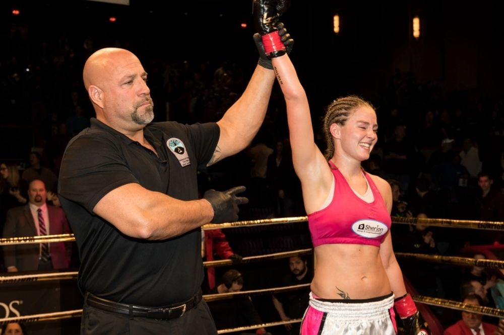 Lion Fight 20: Υπεράσπιση για Jorina Baars (video)