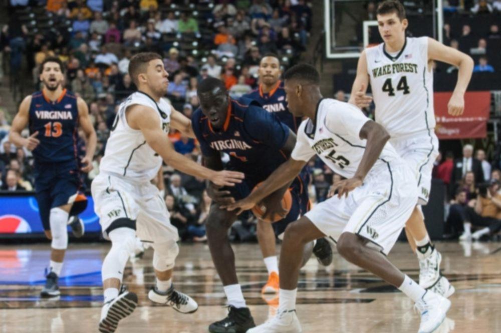 NCAA: Μόνο Μήτογλου για Ουέικ Φόρεστ (videos)