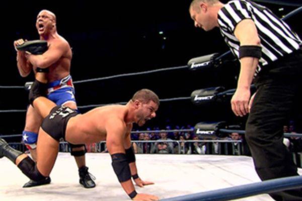 TNA Impact Wrestling: Ευκαιρία για Angle, εξουσία για Galloway (videos)