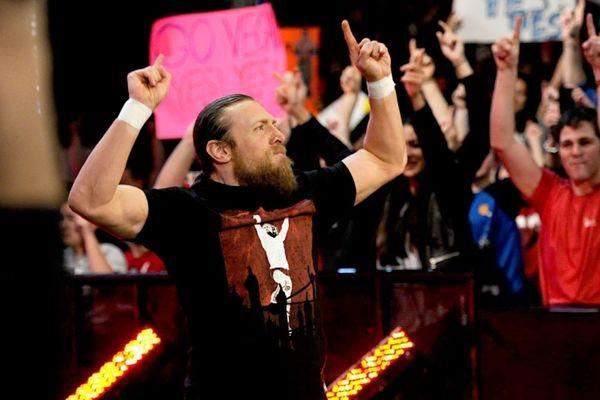 SmackDown: Δεν… αστειεύεται ο Daniel Bryan (photos+videos)
