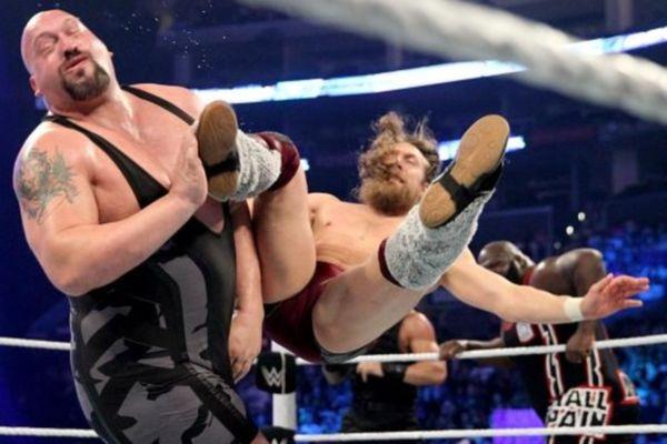SmackDown: Κουτσουρεμένος… Daniel Bryan (photos+videos)