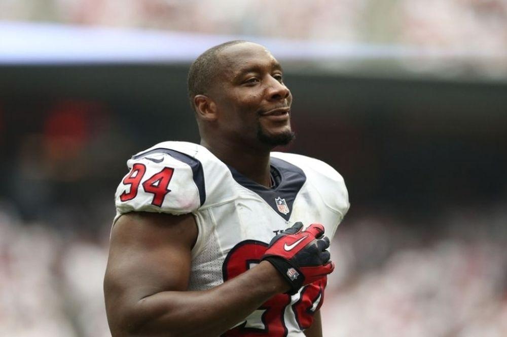 NFL: Στους Μπρόνκος ο Antonio Smith