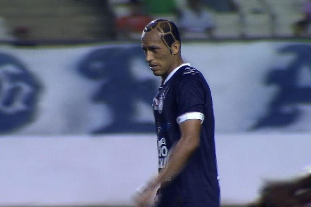 Βραζιλία: Έκανε το κεφάλι του … μπάλα (video)