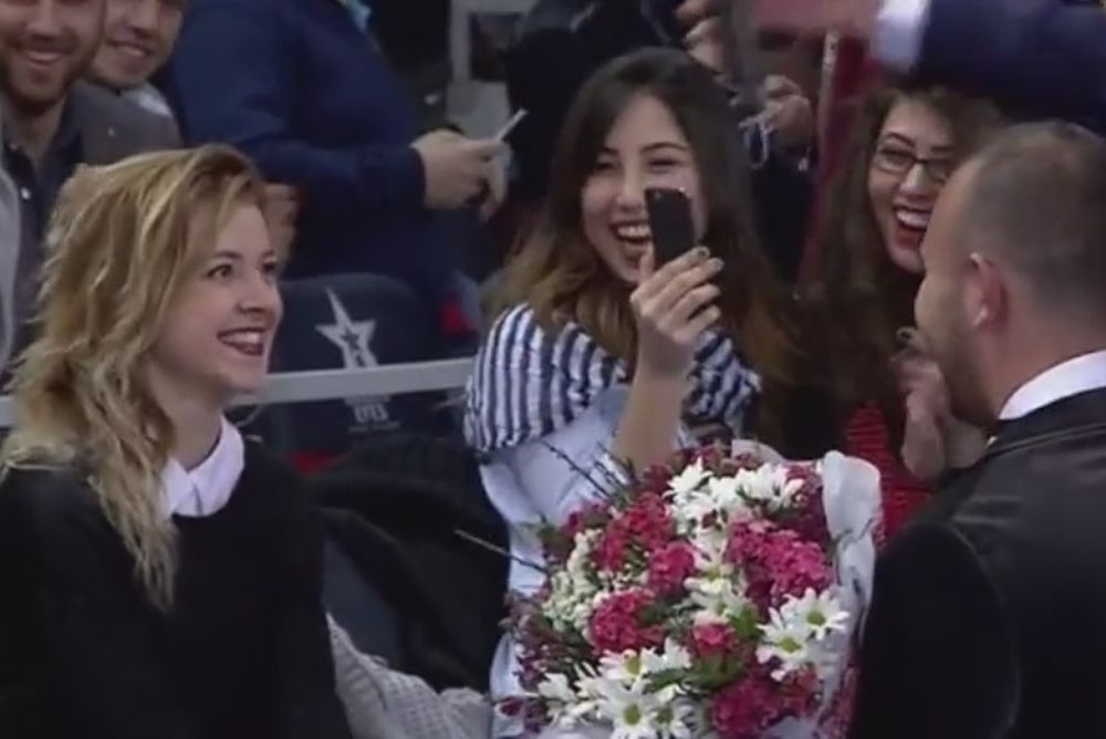 Ευρωλίγκα: Πρόταση γάμου στην Κωνσταντινούπολη (video)