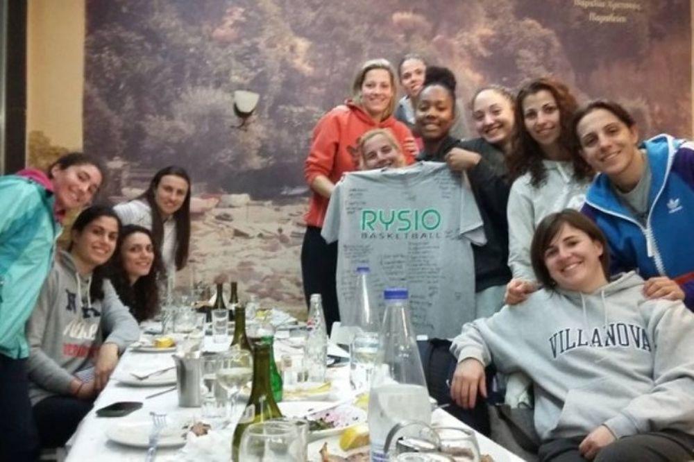 Αναγέννηση Ν.Ρ.: Φινάλε με δείπνο (photos)