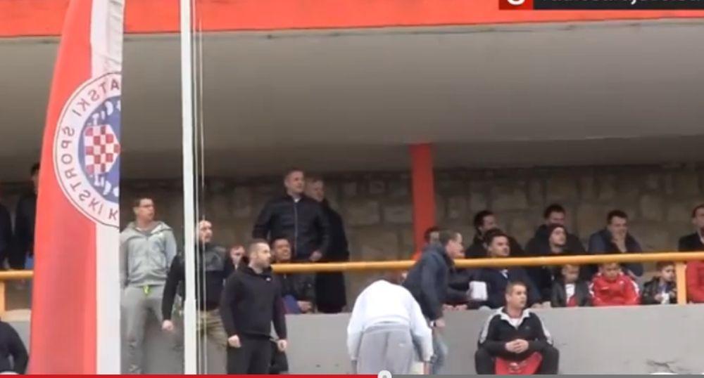 Βοσνία: Βομβαρδισμός παικτών της Ζελέζνιτσαρ από οπαδούς της Ζρινίσκι(video)