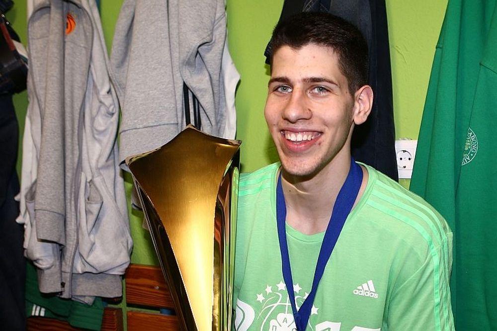 Παναθηναϊκός: Νεότερος Κυπελλούχος ο Λούντζης!