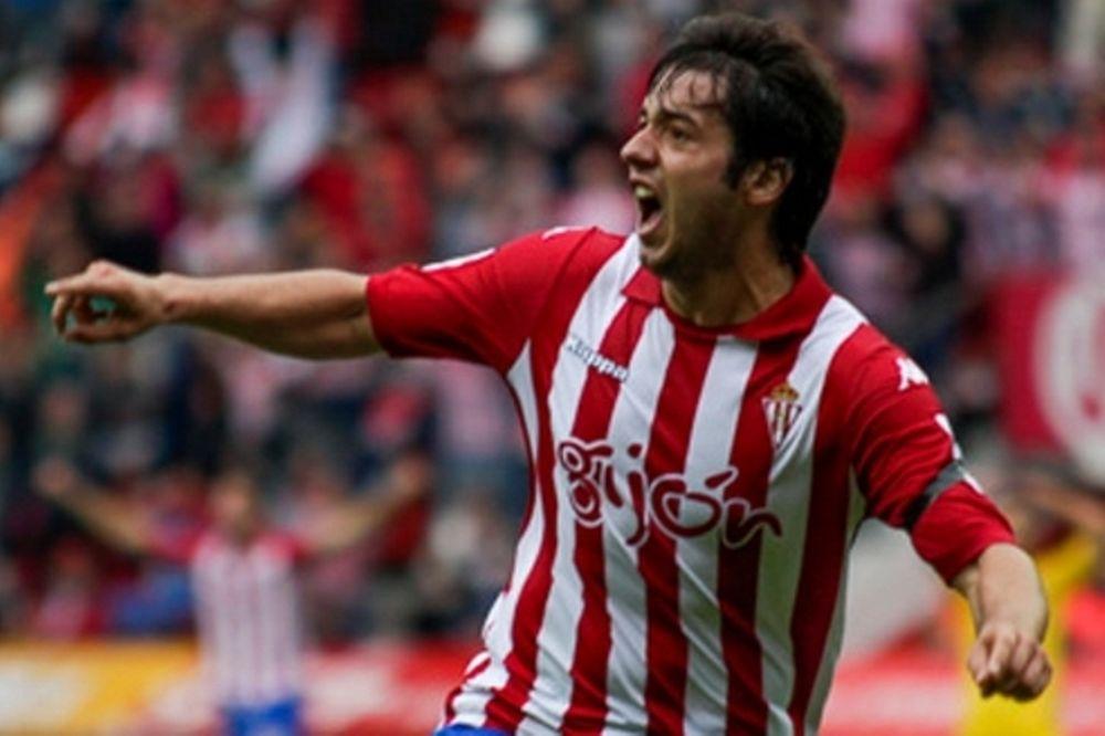 ΑΕΚ: Εξετάζει Γιόνι για… Super League