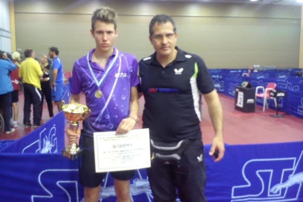 Πινγκ Πονγκ: Πρωταθλητές Αγγελάκης και Ανδριανού