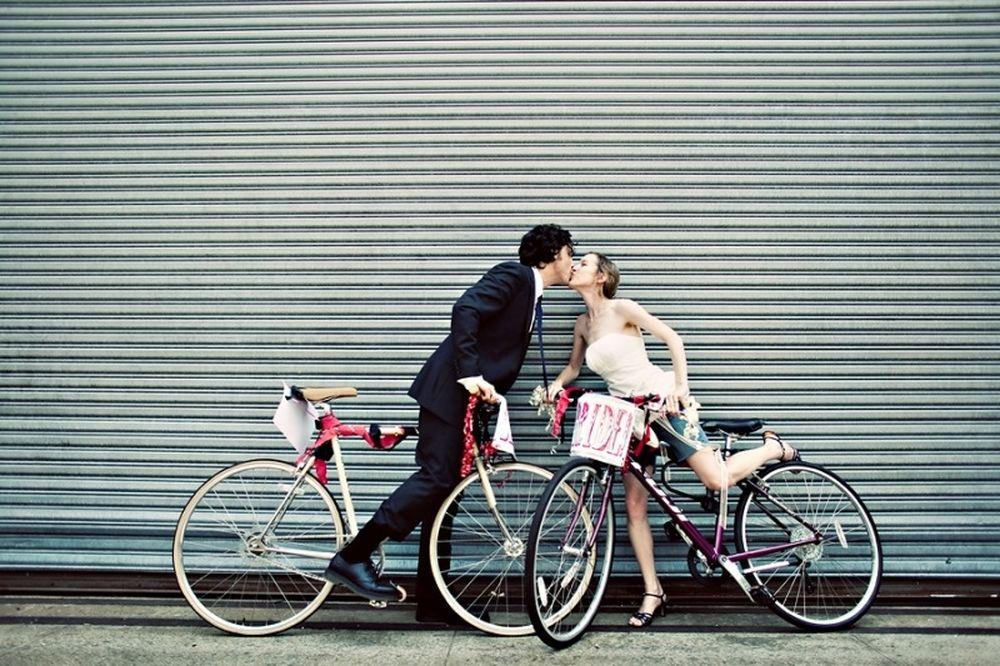 Μια βόλτα με το ποδήλατο (video+photos)