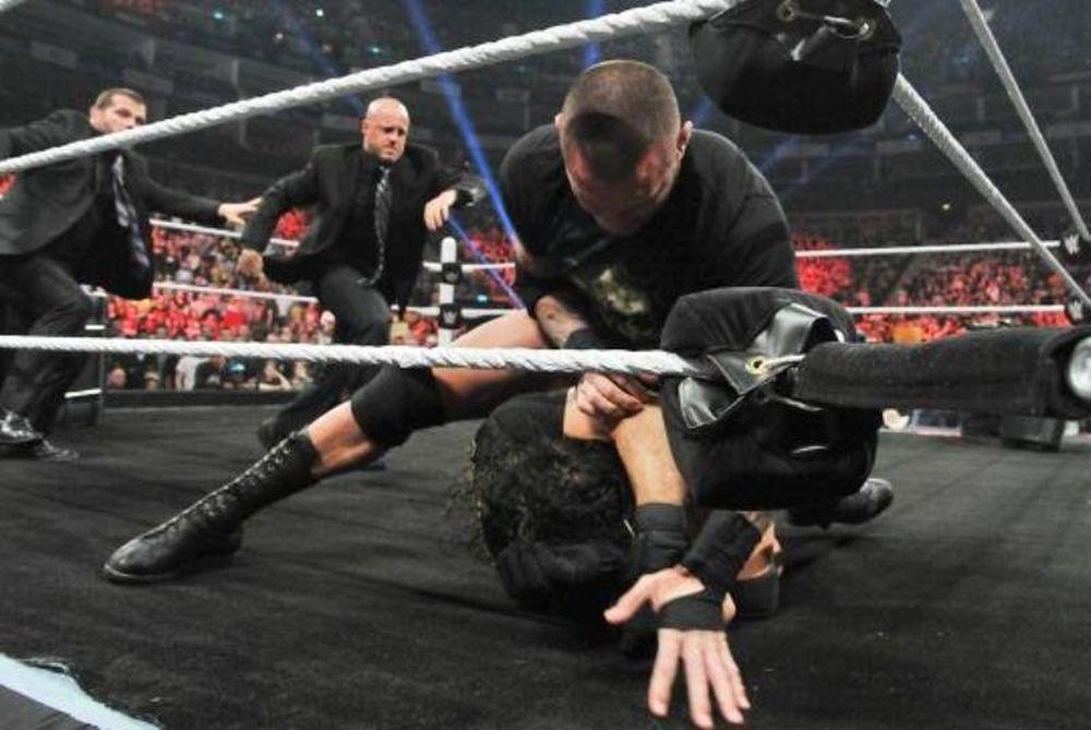 Raw: Απαγόρευση «RKO» στο Extreme Rules (videos+photos)