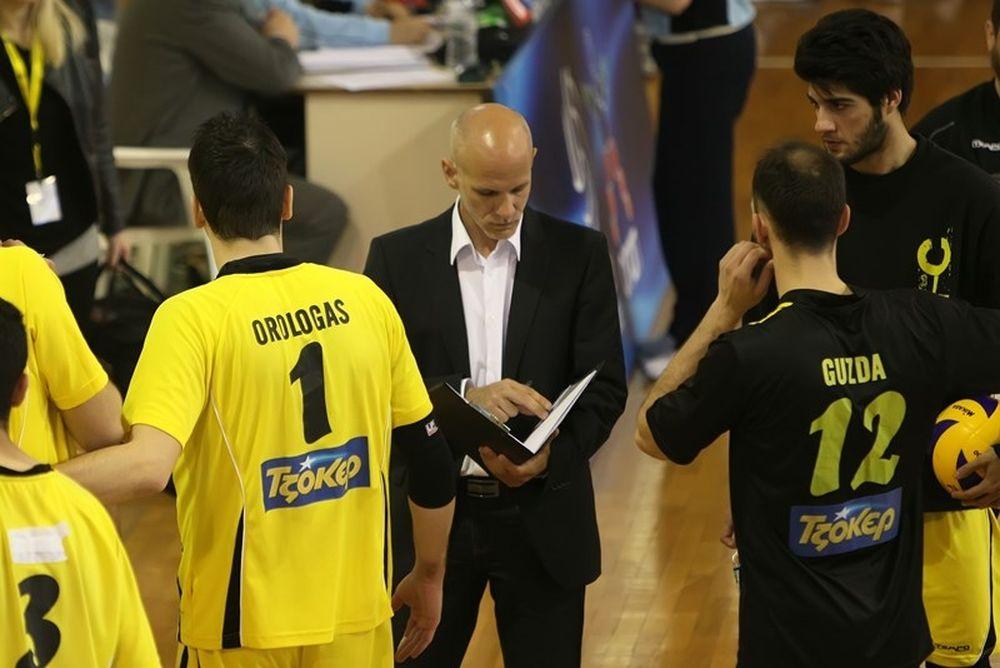 Παπαδόπουλος: «Για την αξιοπρέπεια και τη φανέλα της ΑΕΚ»