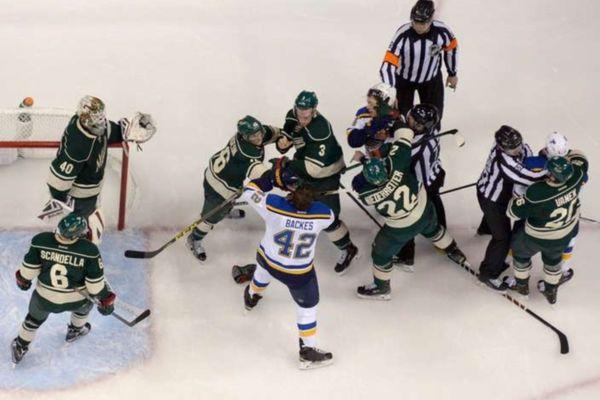 NHL: Shutout για Dubnyk, 2-1 για Ουάιλντ (videos)