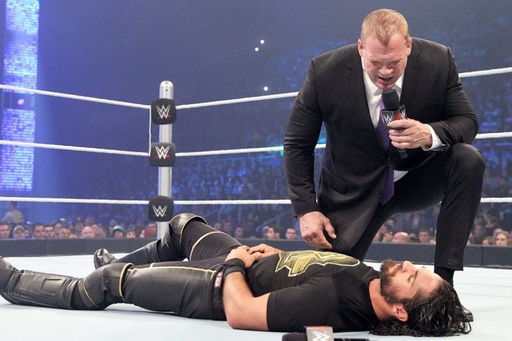 SmackDown: «Ανακατεύτηκε» ο Seth Rollins (photos+videos)