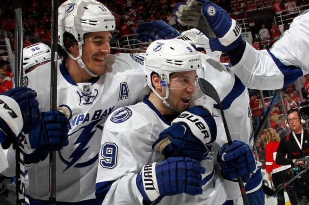 NHL: «Έγραψε» ο Johnson για Λάιτνινγκ (videos)