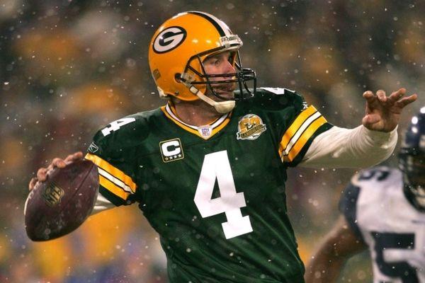 NFL: Αποσύρουν τη φανέλα του Favre οι Πάκερς