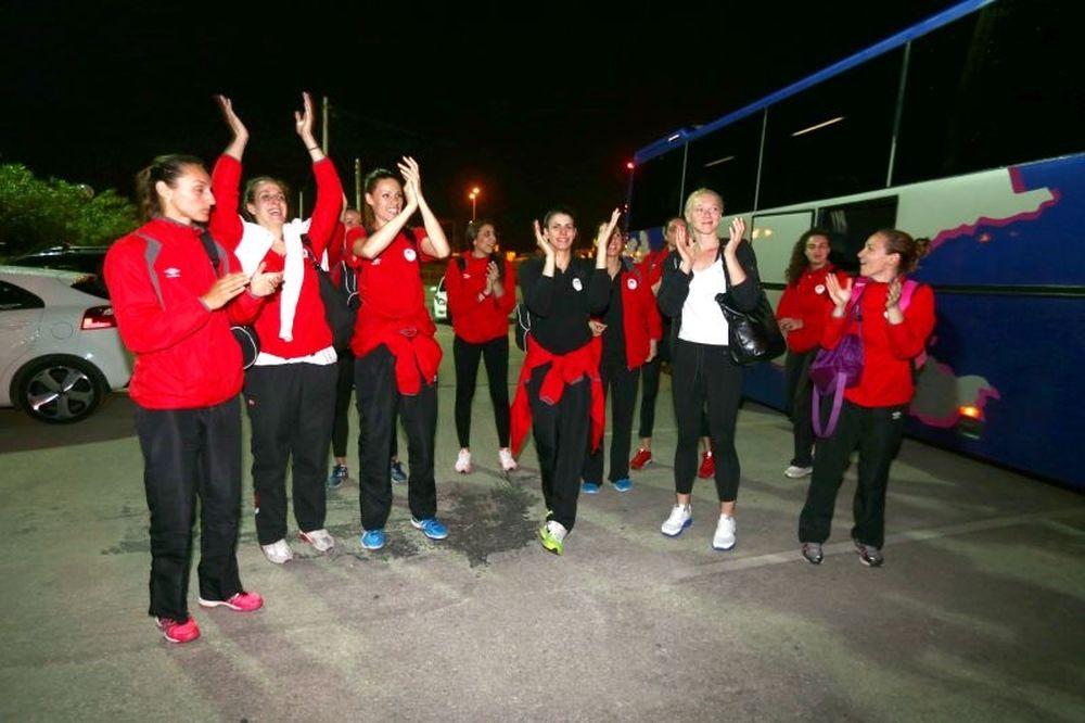 Αποθεώθηκαν τα κορίτσια του Ολυμπιακού (photos)