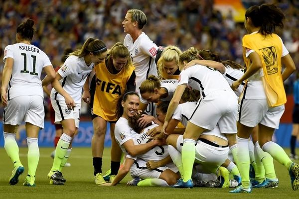 Μουντιάλ Γυναικών: Στον τελικό οι ΗΠΑ!