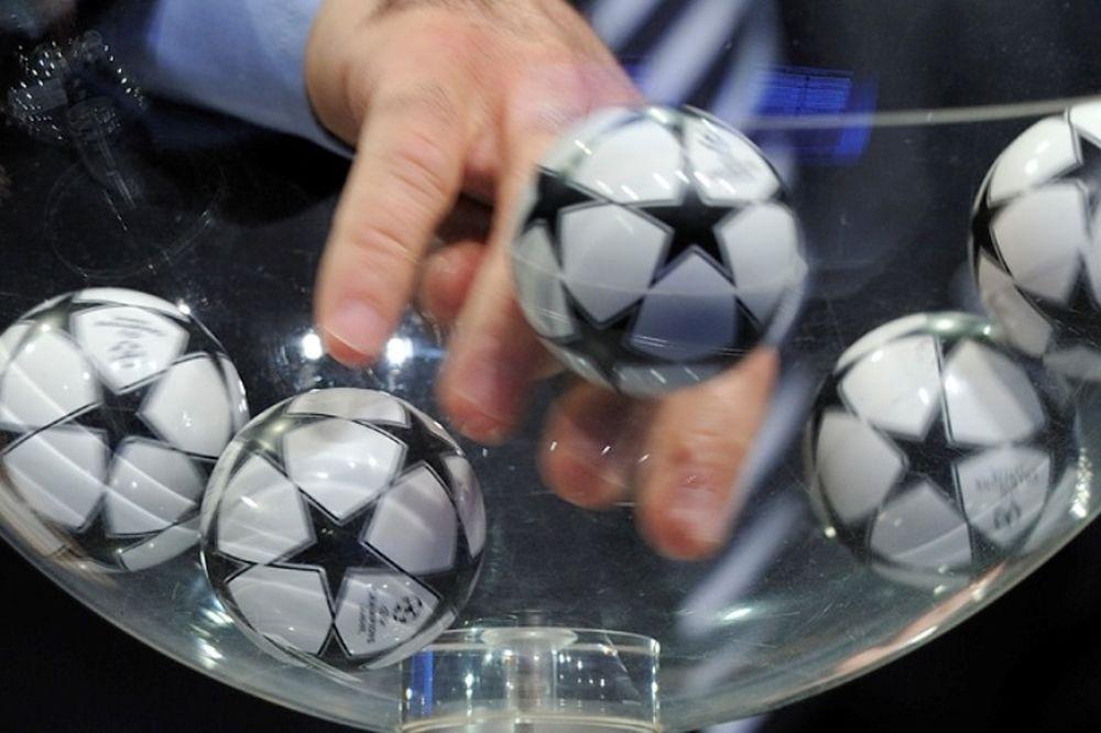 LIVE CHAT οι κληρώσεις των γ' προκριματικών Champions League και Europa League