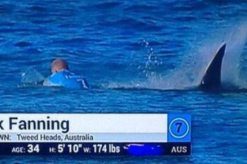 ΣΟΚ! Αντιμέτωπος με καρχαρία επαγγελματίας σέρφερ! (video)