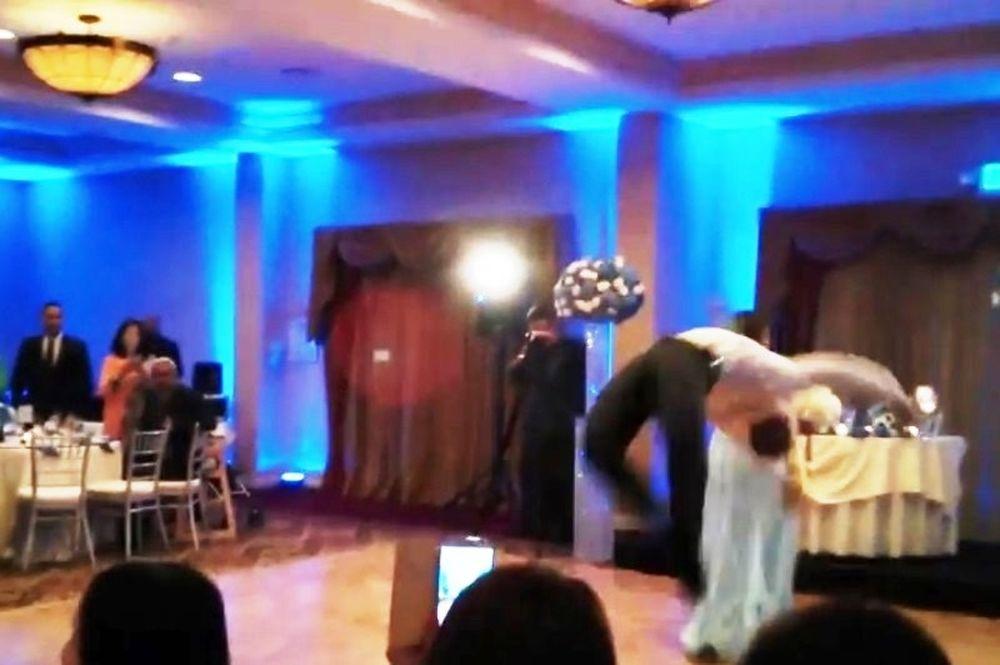 Ημίθεος… ο γαμπρός, κλώτσησε στο κεφάλι τη νύφη! (video)