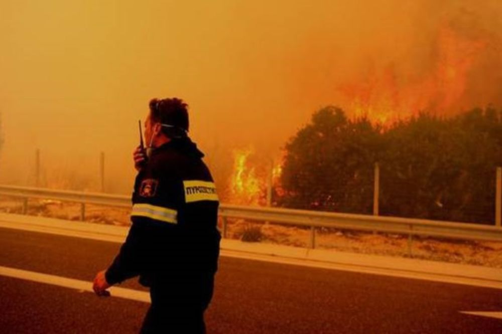 Κλειστή η Εθνική Οδός Κορίνθου - Τριπόλεως λόγω πυρκαγιάς