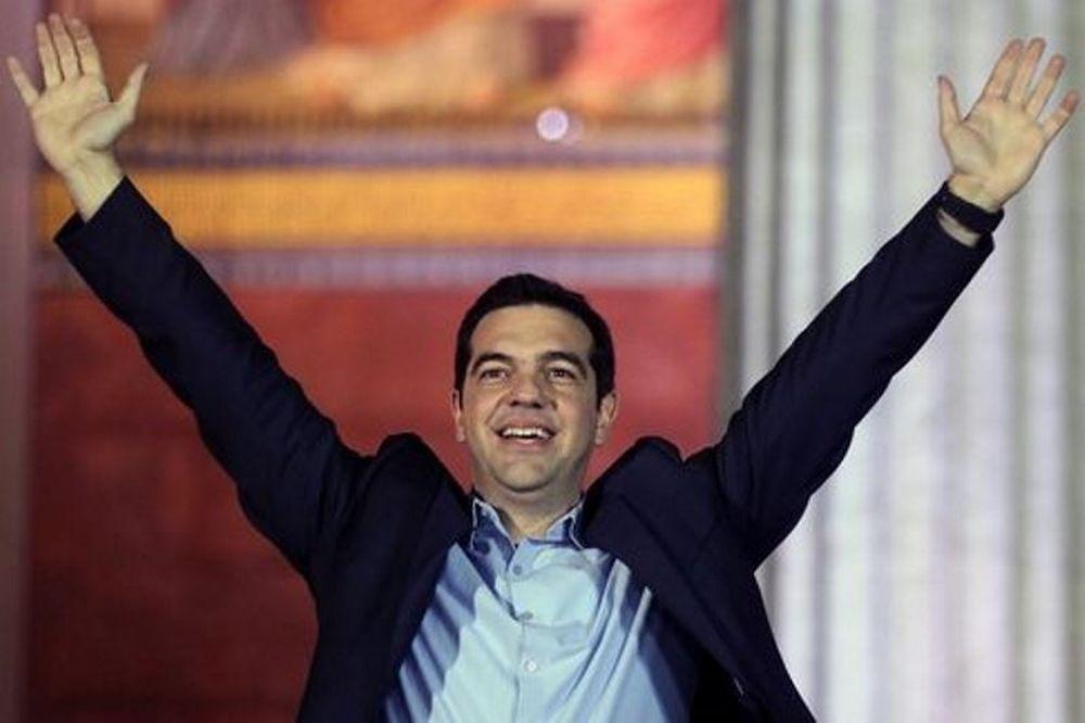 Τσίπρας: «Συγχαρητήρια σε Εθνική και Χαραλαμπόπουλο»