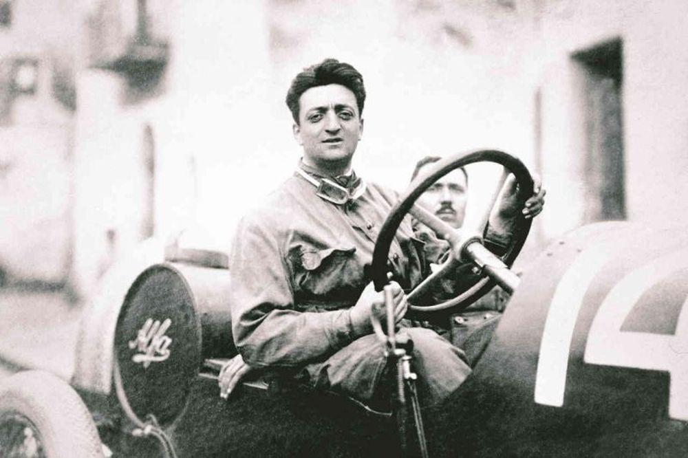Η μέρα που έφυγε ο Έντζο Φεράρι… (photos+video)