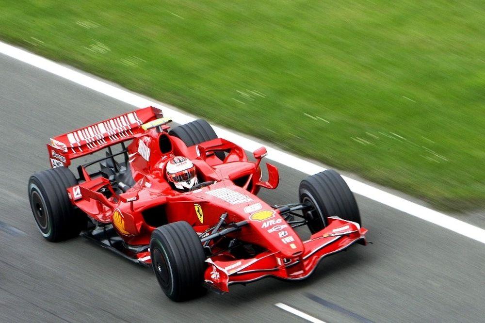 Συνεχίζει στη Ferrari ο Ραϊκόνεν
