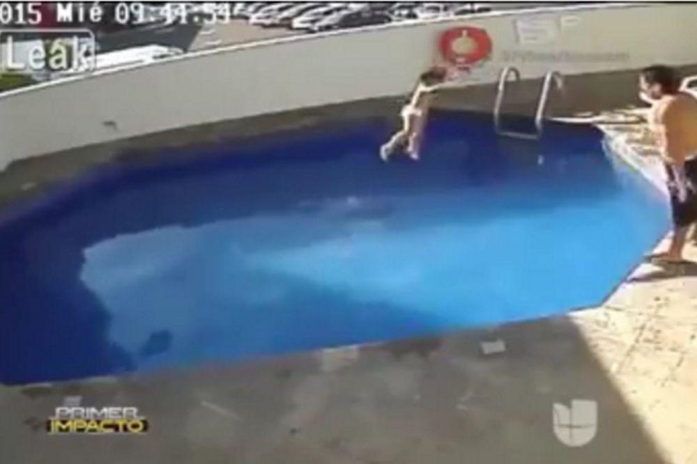 Σαδιστικό αμόκ: Πατριός πνίγει αργά και βασανιστικά σε πισίνα την τρίχρονη κόρη του (video)