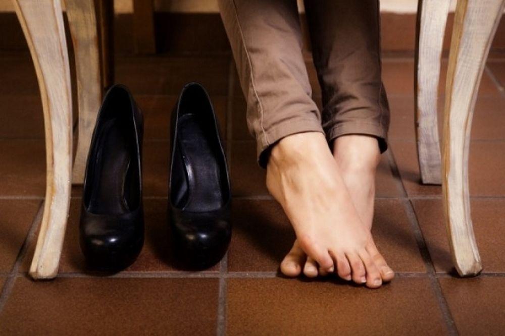 Από τι κινδυνεύετε αν φοράτε λάθος παπούτσια