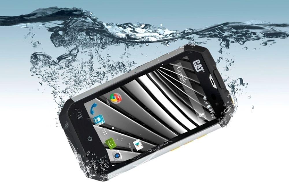 CAT B15Q: Ένα smartphone που αντέχει τα πάντα…