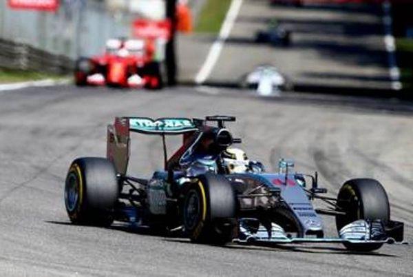 Formula 1: Δεν το… χάνει με τίποτα ο Χάμιλτον!