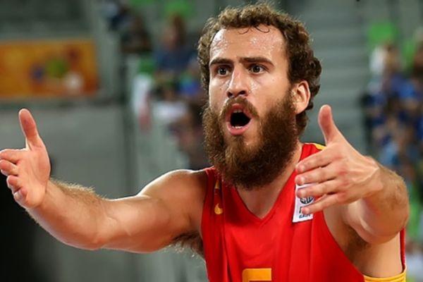 Οι... πάτερ του Ευρωμπάσκετ (photos)