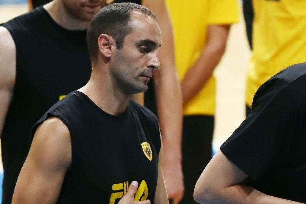 Ανακοίνωσε Καλαμπόκη η ΑΕΚ