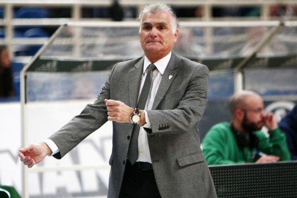 Μαρκόπουλος: «Να νικάμε όχι να λέμε ότι είμαστε καλή ομάδα»