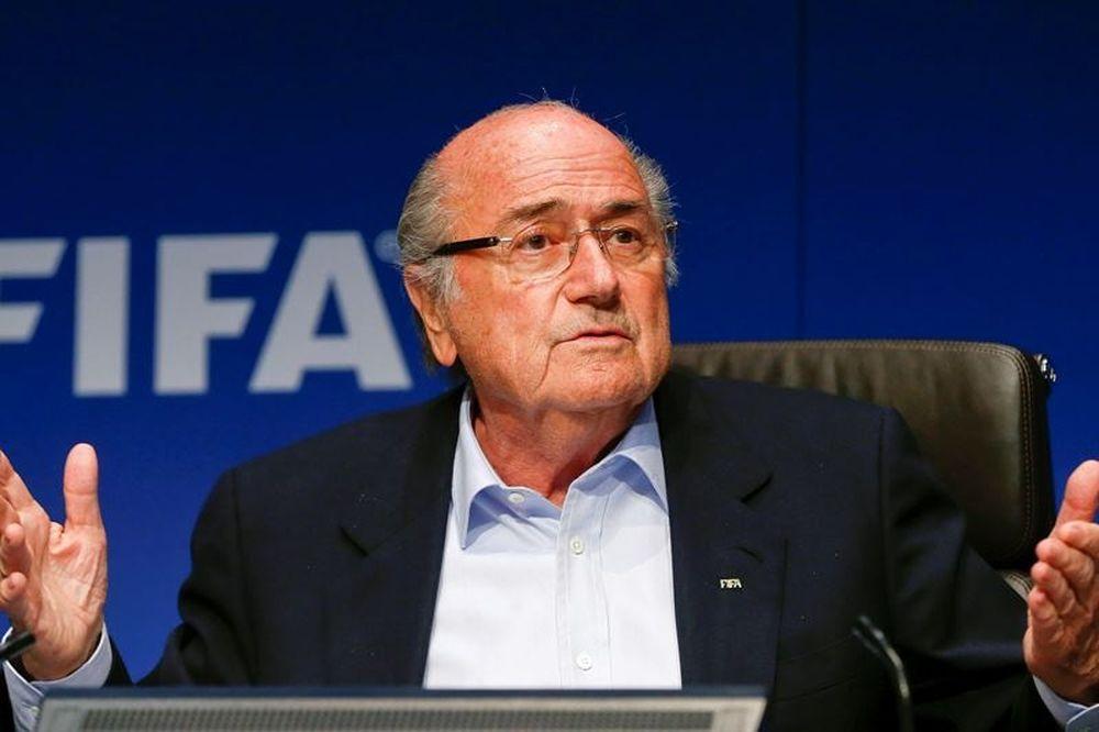 Απίστευτο! Ακόμα πληρώνει η FIFA τον Μπλάτερ!