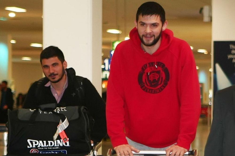 Παπανικολάου: «Τεράστιος σύλλογος η Μπαρτσελόνα»