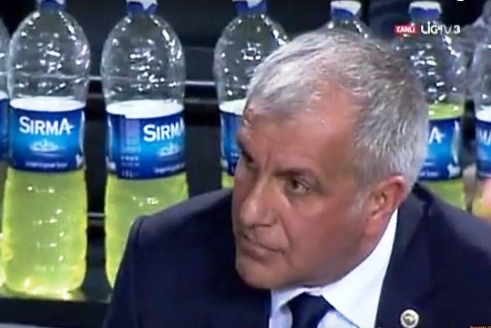 Έξαλλος με οπαδό ο Ομπράντοβιτς! (video)