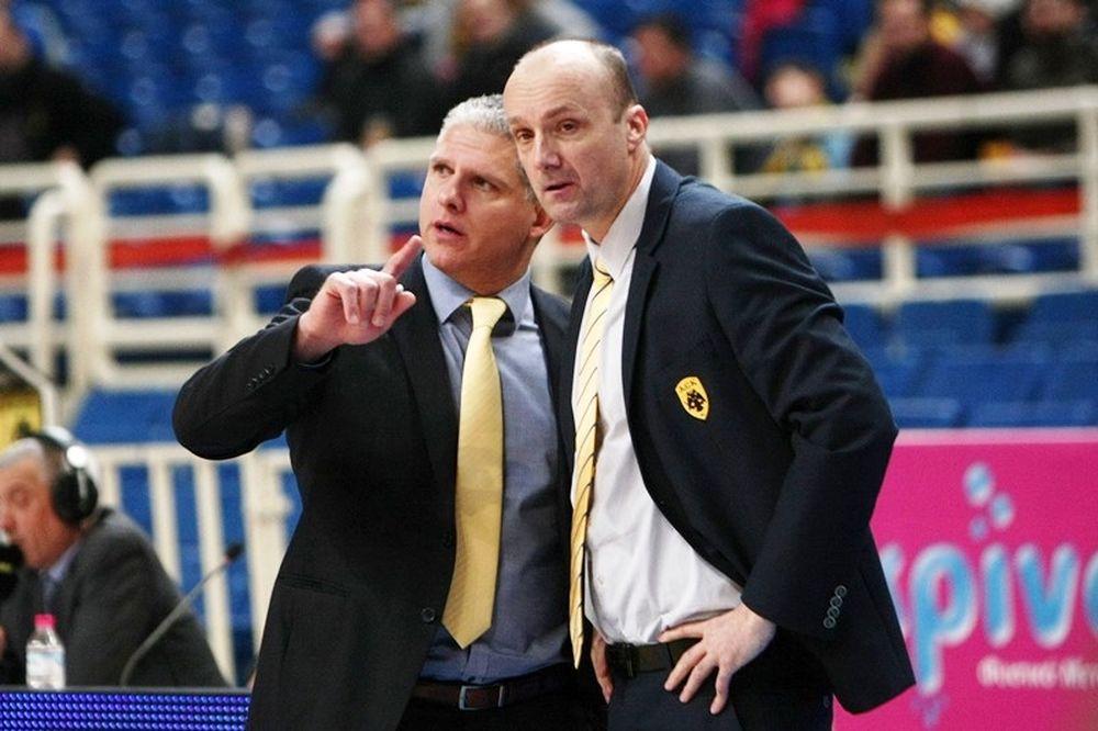 Ζντοβς: «Κανείς παίκτης της ΑΕΚ δεν παίρνει ευθύνη»