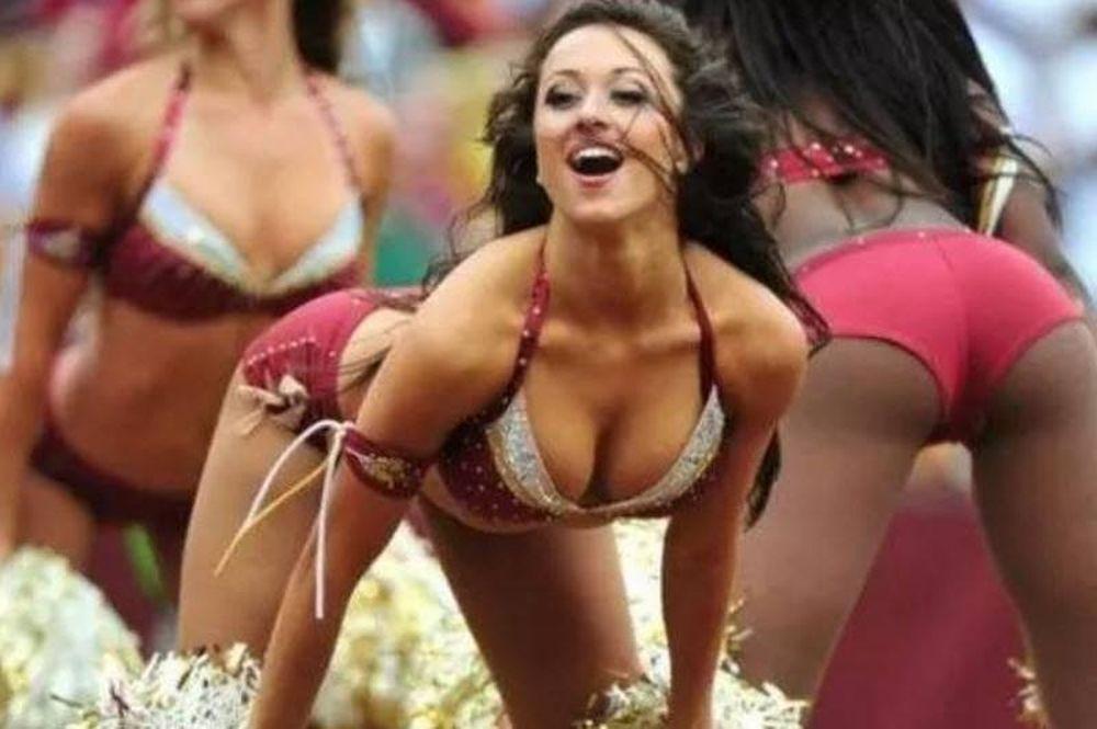 Οι πιο… shocking στιγμές των cheerleaders! (photos)