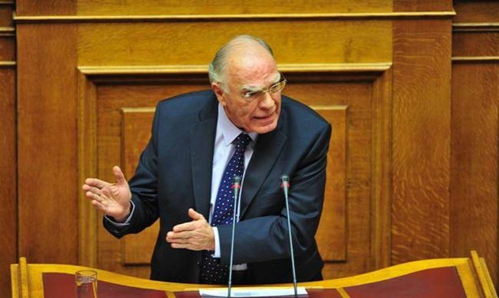 Ένταση στη Βουλή με το Βασίλη Λεβέντη - Τι είπε για...γορίλες!