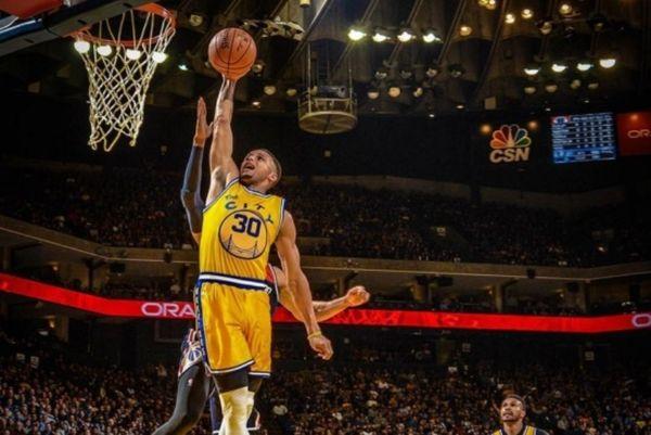 NBA: Γράφουν ιστορία οι «πολεμιστές» (videos)