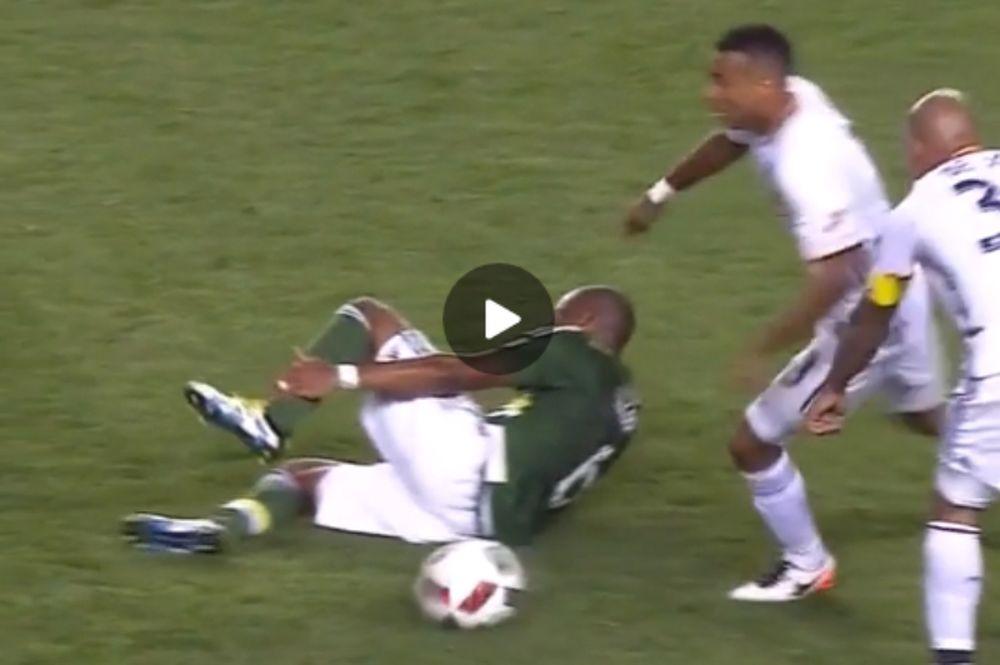 Ο πιο αντιαθλητικός παίκτης του κόσμου… ξαναχτύπησε! (video)