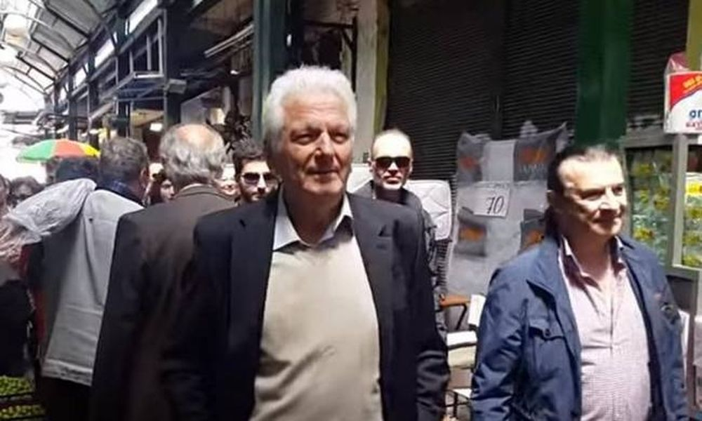 Οργή λαού κατά βουλευτών του ΣΥΡΙΖΑ:«Κοπρόσκυλα, μας καταστρέψατε»! (video)
