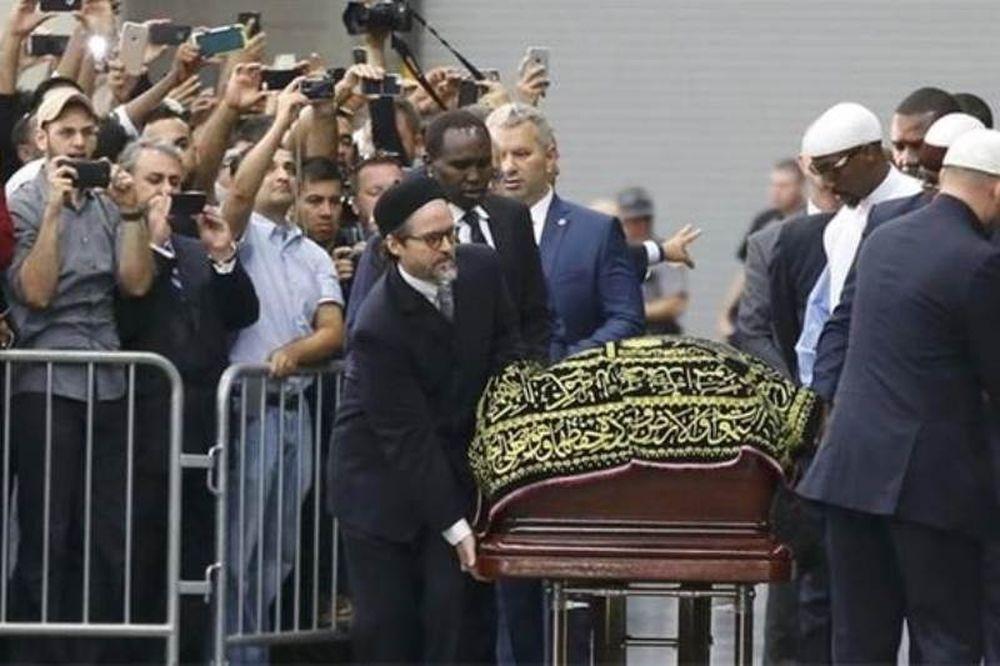 Μοχάμεντ Άλι: Χιλιάδες άνθρωποι στη μουσουλμανική τελετή στη μνήμη του πυγμάχου (pics+vid)