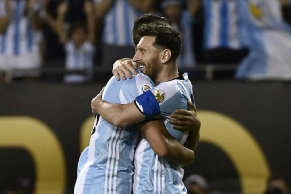 Πεντάρα η Αργεντινή με «μαγικό» Μέσι! (video)