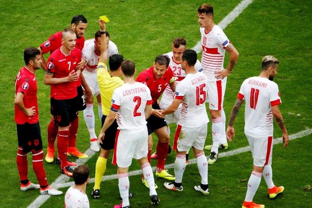 Euro 2016: Η αποβολή του Τσάνα (video)