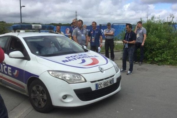 Euro 2016: Φάρσα το τηλεφώνημα για βόμβα στο γήπεδο της Λιλ