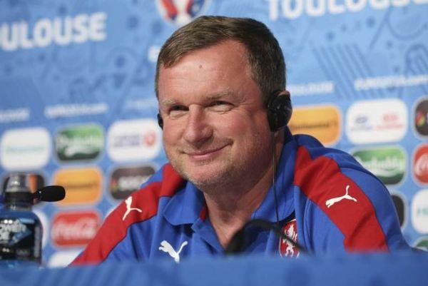 Euro 2016: Τέλος ο Βρμπα